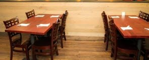 A Guide to Choosing the Best Material for Restaurant Tables